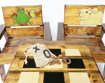 Childrens Table and Chairs Outdoor, Toddler + Boy / Girl Tic Tac Toe Game, 1st Birthday Gift, Reclaimed Wood Furniture, Engraved and Painted