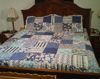 Handmade quilted bedspread or quilt with shams