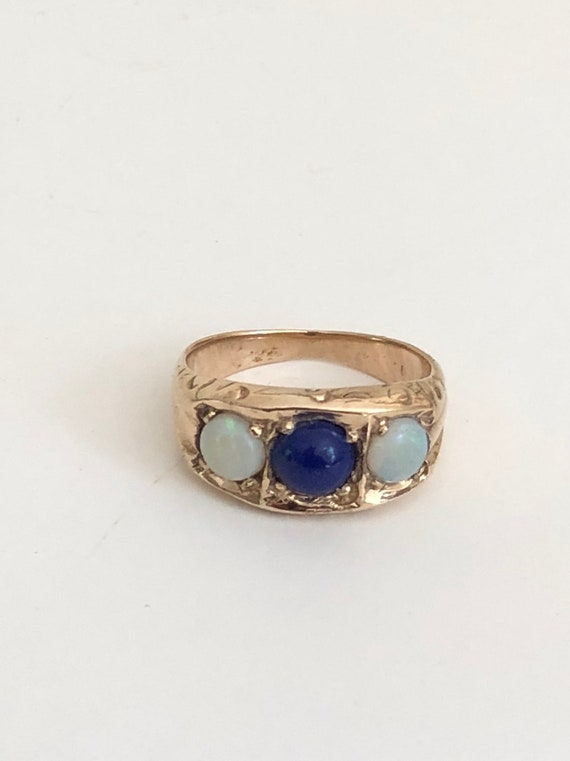 Antique 14 KT Gold Opal and Lapis Ring Size 5.5 (5.1 grams)