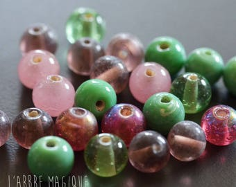 10 frosted beads green and old Pink 8 mm in MIX