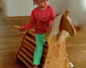 Wooden horse to play