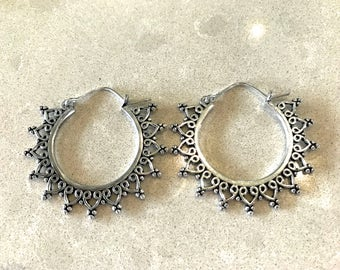 Nandini hoop earring