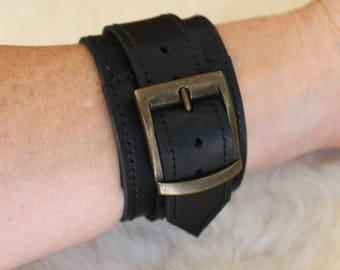 black leather wristband. Black cuff. leather wristlet. Black bracelet. Black wristband