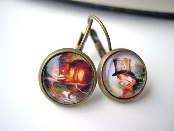 Alice in Wonderland Cheshire Cat Mad Hatter  earrings sweet lolita feminine leverback