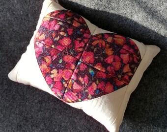 Pincushion - Pin Cushion + StickPin Combo - Pieced Heart - Sewing Gift - Sewing - Quilting - Sewing Notion -  Liberty of London Print
