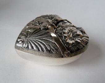 Vintage Silver plate Heart Trinket Box keepsake/Black felt lining/Hinged ribbon accent is unique/Floral & ribbon bow/smooth shiny base