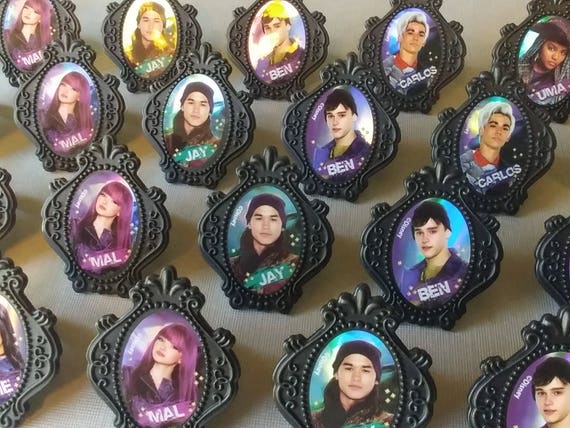 24 Disney Descendants 2 Cupcake Rings Picks Or Cake Toppers