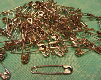 50 safety pins, about 1 1/2 inch