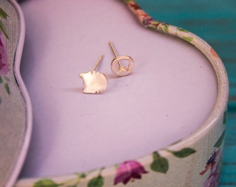 Silver earrings Cat's face - stud sterling earrings made from 925 silver