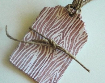 30 Faux Bois Woodgrain Gift Tags - Brown Linocut