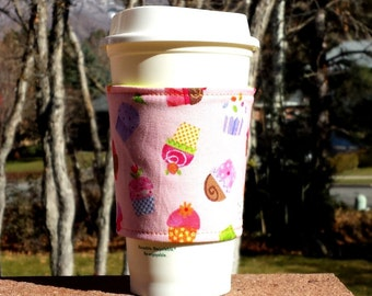 FREE SHIPPING UPGRADE with minimum -  Fabric coffee cozy / cup sleeve / coffee sleeve / coffee cup holder - Cupcakes on Pink