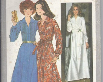 Simplicity Pattern # 8249 from 1977    Shirt Front day dress and Maxi Dress  Bust36