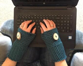 Woodsy Fingerless Gloves