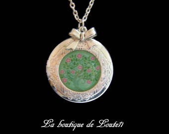 Locket necklace photo tree green and pink