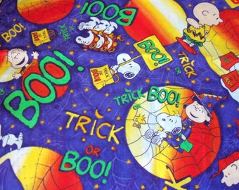 Snoopy Charlie Brown Lucy Peanuts Gang Halloween Fabric Purple By The Fat Quarter New BTFQ