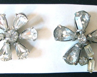Vintage 1940s Set of Two Pretty Rhinestone Flower Tack Pins