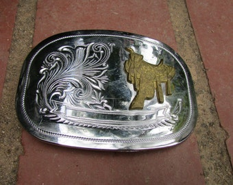 Western Style Cowboy Belt Buckle with Saddle Rodeo