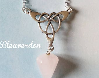Lithotherapy: Celtic necklace rose quartz