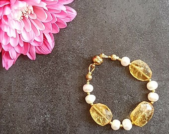 Citrine and Freshwater Pearl Bracelet for Baby