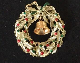 Vintage  enamel christmas wreath ringing bell brooch