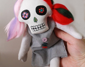 Scary Art Doll (Spring)