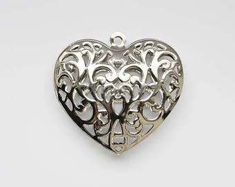 Large shiny silver Metal filigree heart pendant