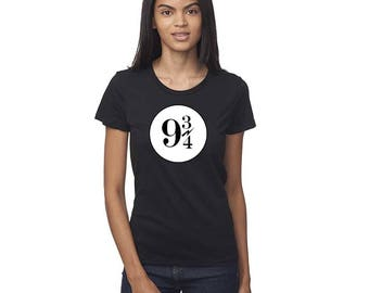 9 3/4 Platform Sign Harry Potter Nine and Three-Quarters King's Cross Station Hogwarts Express Women's T-shirt