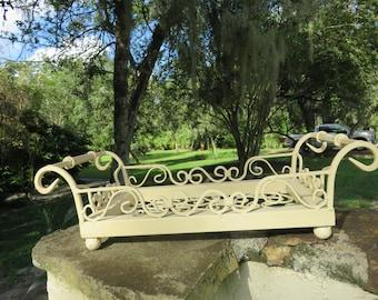 Metal scroll garden tray