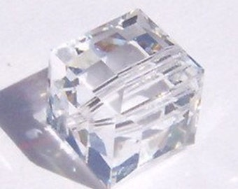 Swarovski Crystal Beads CUBE 5601 Swarovski elements beads CLEAR CRYSTAL  - Available in 4mm, 6mm and 8mm