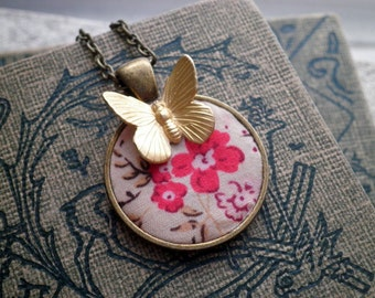 Floral Fabric & Butterfly Necklace - Vintage Wildflowers Woodland Pendant - Retro Flower + Insect Textile / Fabric Art Gardener Jewelry Gift