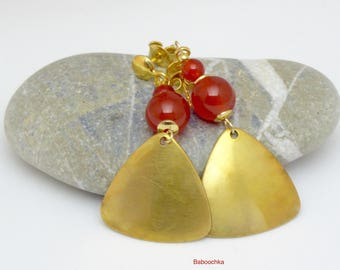 """Gold plated round nails """"Banya"""" carnelian and brass triangles"""