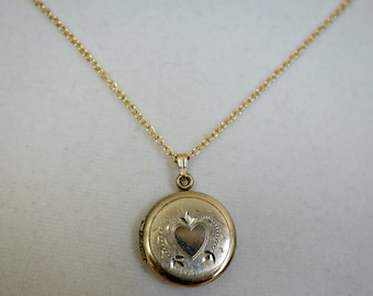 Vintage Gold  Filled  Locket with Etched Heart and Gold Filled Chain, Gift for Her