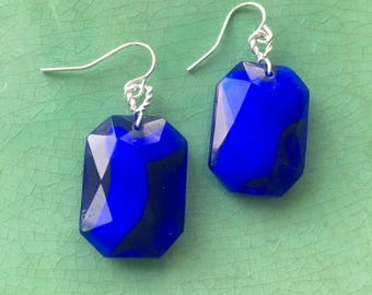 Stunning blue earrings