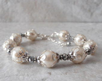 Pearl Bracelet Ivory Pearl Wedding Jewelry Bridal Jewelry Sets Pearl Bridesmaid Bracelets Off White Wedding Bridesmaid Gifts Handmade