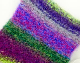 Grape Arbor Wool Felted Hot Pad/Trivet, Hand Knitted, Potholder, Kitchen Decor, Insulator, Hostess Gifts, Soft and Thick, Cookware,