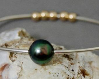 Eirian- Tahitian Pearl Silver Bangle, sterling silver pearl bangle, pearl stacking bangle, pearl bracelet, Tahitian pearl jewelry, gift idea