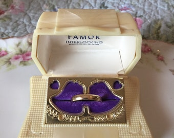 "Vintage ""Famor"" Ring Presentation Box - 1050's - Art Deco/Victorian/Shabby Chic"