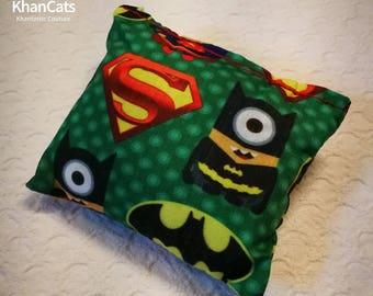 "Catnip Hugger - Cat Toy ""Superheroes"""