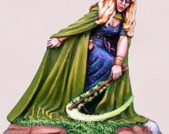 Elmore Masterworks: Green Witch - 1101 - Dark Sword Miniatures