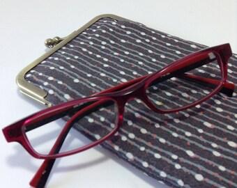 polka dot line gray/Eye glass case/ Smartphone case /Japanese cotton /Sun glass case / Hand-made/13