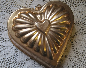 Vintage Copper Colored Heart Pan Mold for Use or Hanging