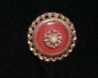Vintage Sarah Coventry brooch red and gold tone filigree round brooch