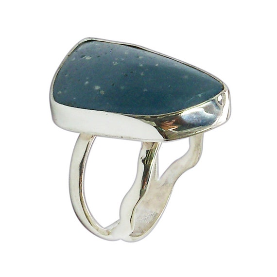 Leland Blue Stone and Sterling Silver Ring, Hand Crafted One of a kind, Size 7  r7lbsg3020
