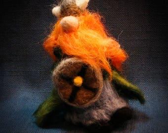 The Felted Viking//norseman//vikinggift//redhead//shield//needlefelting//gift//birthdaygift//giftforhim//giftforher//vikinggift//secretsanta