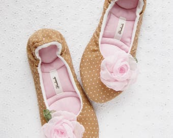 Womens slippers, Wedding gift, Birthday gift, Womens shoes, gift for her, Valentines day gift, Slippers, Ladies Slippers, Ballet Slippers