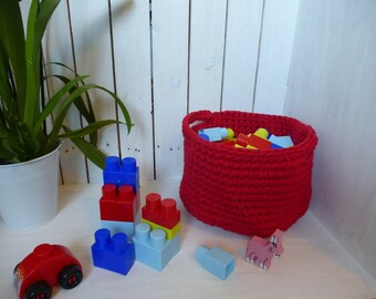 Red basket basket mesh