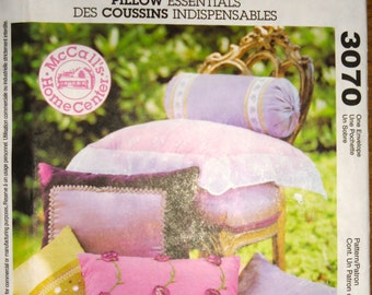McCalls Pattern 3070 - McCalls Home Decorating Pattern for beautiful pillows
