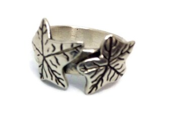 Silver leaf ring, Leaf ring sterling silver, Leaf ring silver, Leaf ring, One of a kind ring, Hallmarked silver ring, Ivy leaf ring