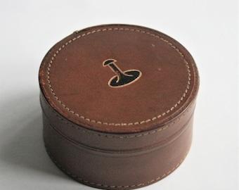 Vintage leather cufflinks box.  Shirt studs box. Trinket box. Leather accessories