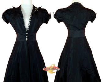 1930s Evening Gown, VAMP Dress, Art Deco Celluloid Brooch, XS Size 0, American Designer, Black Quilted Silk Taffeta 30s Dress